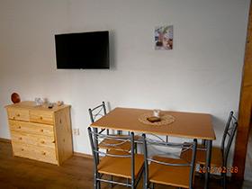 Ferienhaus Vesec - Ferienwohnung für 4 Personen